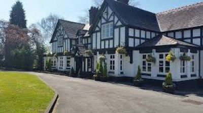 Broxton dog-friendly pub, Cheshire - Driving with Dogs