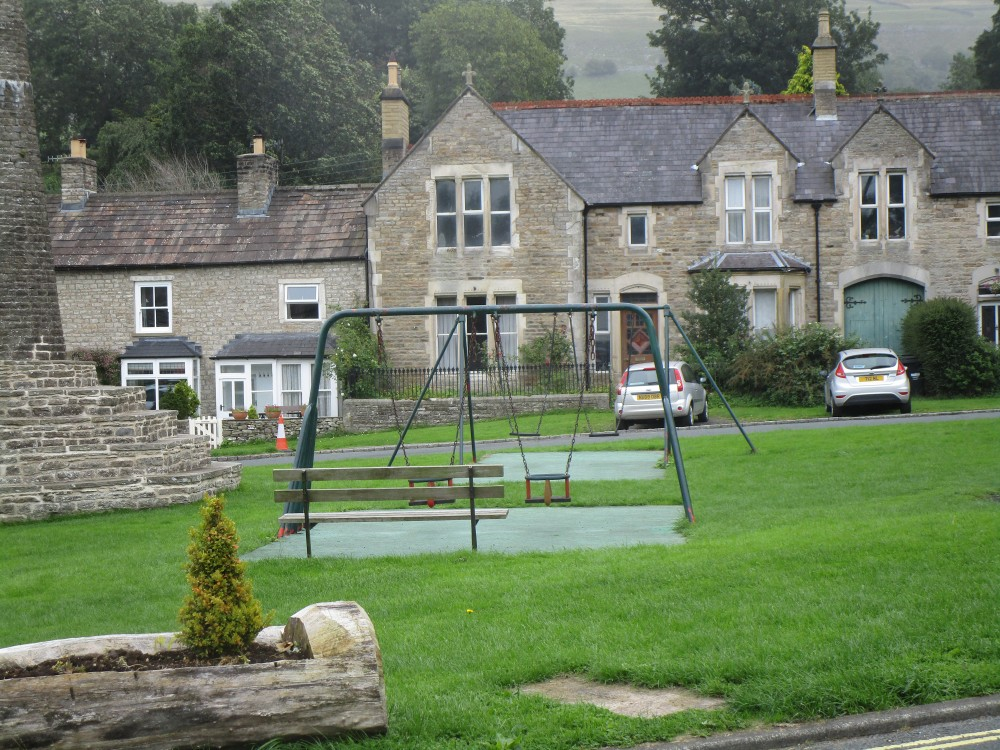 Onto the moors dog walk and dog-friendly pub, Yorkshire - Yorkshire dog-friendly pub and dog walk