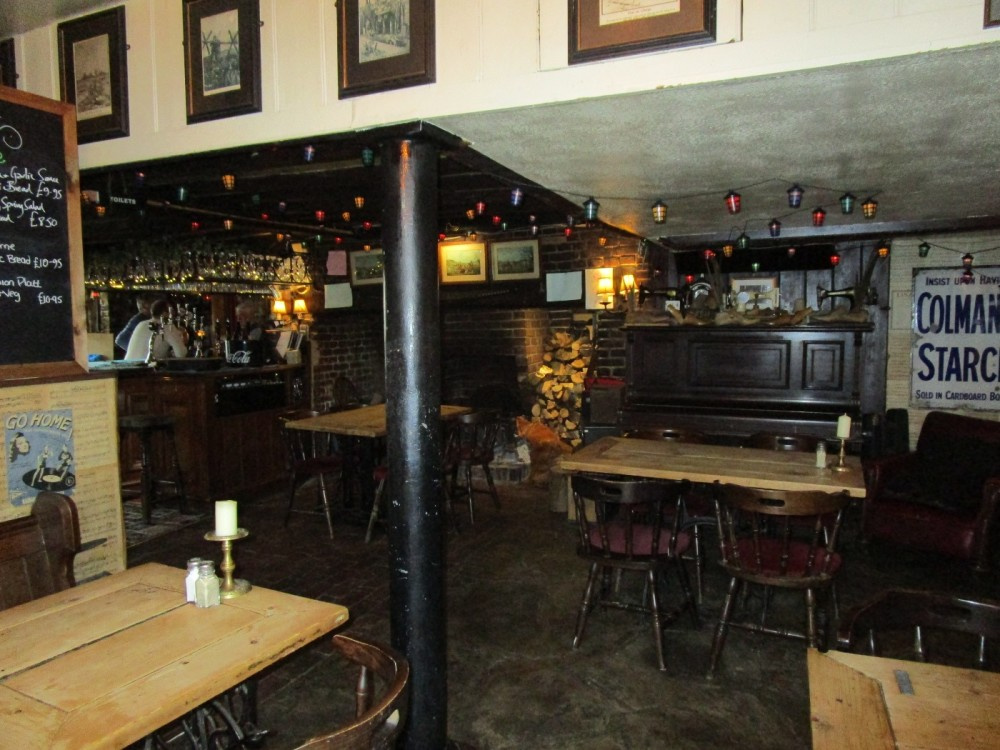 A28 doggiestop with walk and pub, East Sussex - Dog-friendly pubs with dog walks East Sussex.JPG