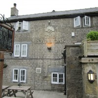 Family dog walk and dog-friendly pub, Derbyshire - Peak District dog-friendly pub and dog walk