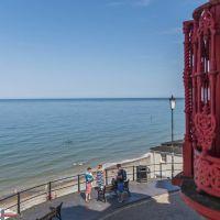 A148 Cromer dog-friendly B&B, beach walks and shopping, Norfolk - Dog-friendly pub and dog walk in Cromer