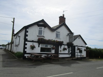 Newbold Verdon dog-friendly pub and dog walk, Leicestershire - Driving with Dogs