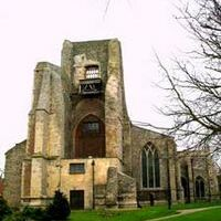 A149 Dog-friendly cafe in North Walsham, Norfolk - North Walsham ruined tower