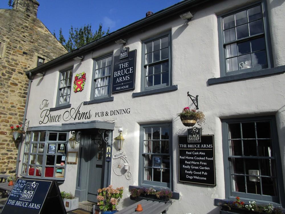 Masham dog-friendly pub and dog walk, Yorkshire - Yorkshire dog-friendly pub