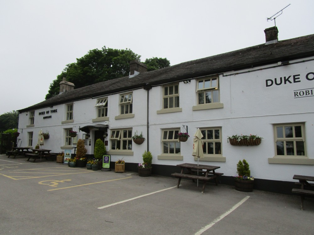 A515 dog-friendly pub and dog walk on the way to Buxton, Derbyshire - Peak District dog-friendly pub and dog walk