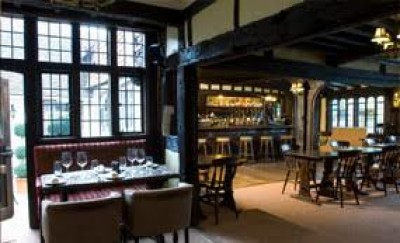 Chiddingfold dog-friendly inn, Surrey - Driving with Dogs