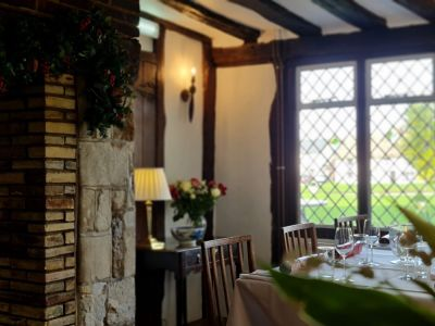Riverside walk and picnic or a dog-friendly pub near Royston, Cambridgeshire - Driving with Dogs