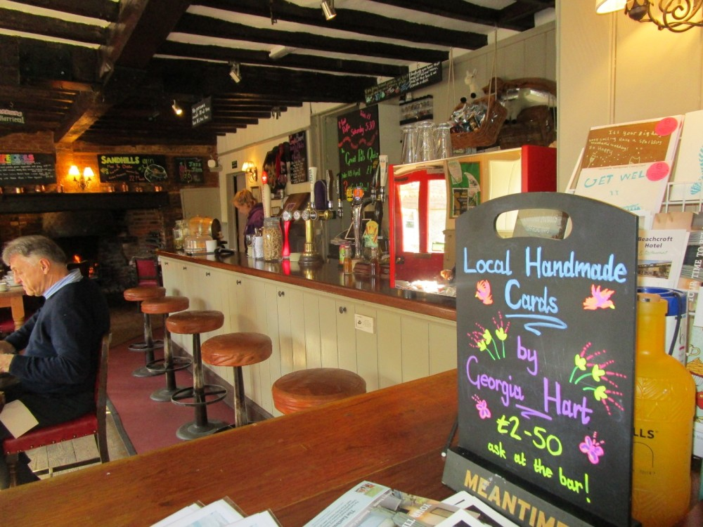 A283 dog walk and dog-friendly pub in the hills, Surrey - Surrey dog-friendly pub and dog walk.JPG