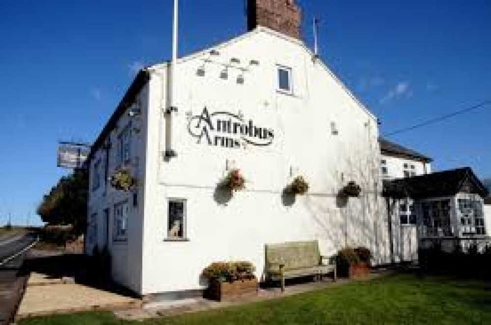 Antrobus dog-friendly pub, Cheshire West - dog-friendly-pubs-cheshire.jpg