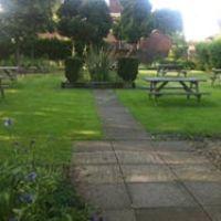 Dog-friendly pub and dog walk near Wantage, Oxfordshire - Dog-friendly inn and dog walk in Oxfordshire.jpg
