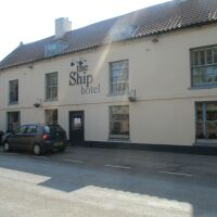 A149 Dog-friendly inn with rooms and near a dog-friendly beach, Norfolk - Norfolk dog-friendly pubs with B&B rooms.JPG
