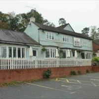 A38 dog-friendly pub near Droitwich, Worcestershire - robinhood1.jpg