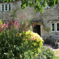 A367 dog-friendly pub and dog walk near Bath, Somerset - Somerset dog-friendly pub and dog walk