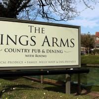 Ridgeway dog walk and dog-friendly pub, Dorset - Dorset dog-friendly pub and dog walk