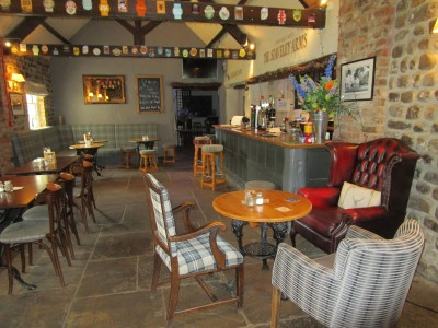 A1M Junction 50 dog-friendly pub and dog walk, Yorkshire - Driving with Dogs