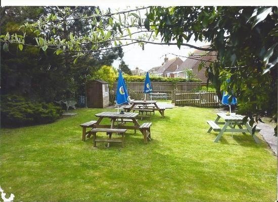 A26 dog-friendly pub and dog walk near Newhaven, East Sussex - Sussex dog-friendly pub and dog walk