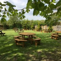 Very pretty village with pub and dog walk, Essex - Essex dog-friendly pub and dog walk
