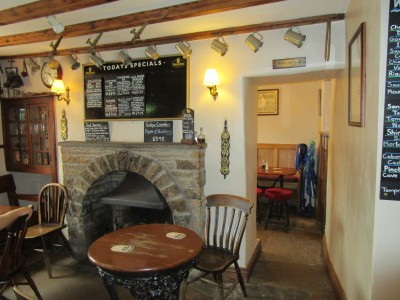 Swaledale dog walk and dog-friendly pub, North Yorkshire - Driving with Dogs