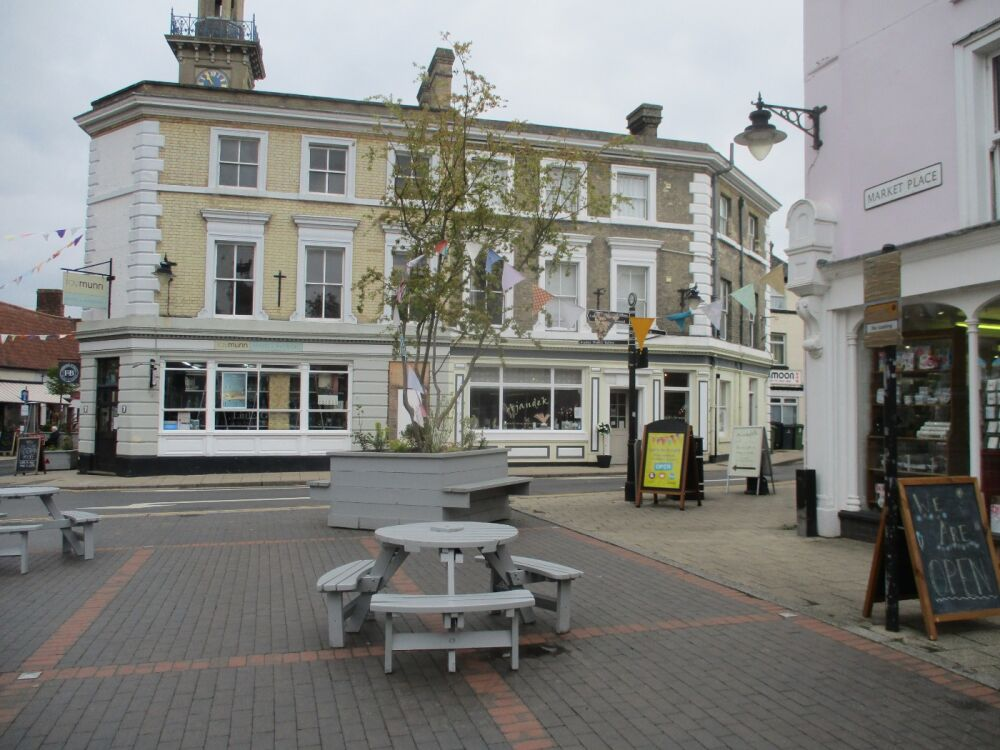 Dog-friendly hotel, open for breakfast, Norfolk - Norfolk dog-friendly hotel and cafe