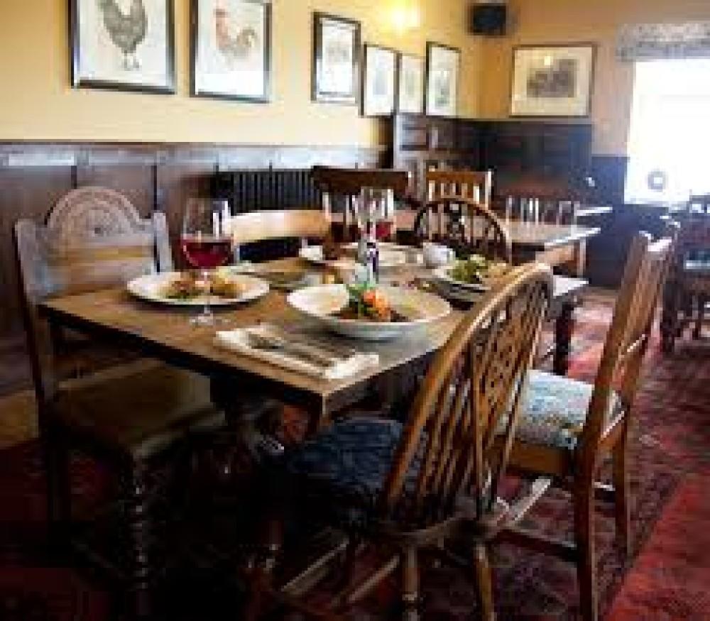 Mickle Trafford dog-friendly pub and dog walk, Cheshire - dog-friendly-cheshire.jpg