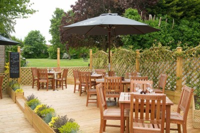 A27 Angmering dog walk and dog-friendly dining pub, West Sussex - Driving with Dogs
