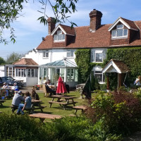 Ouse dog walk and dog-friendly pub, East Sussex - Sussex dog-friendly pub and dog walk