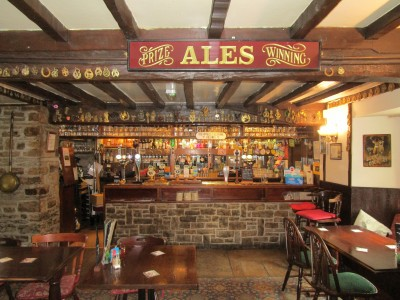 Heritage dog-friendly pub and walk, Yorkshire - Driving with Dogs