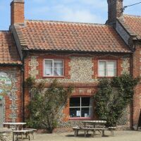 A149 family and dog-friendly pub near Wells, Norfolk - Dog-friendly pub near Wells Next the Sea