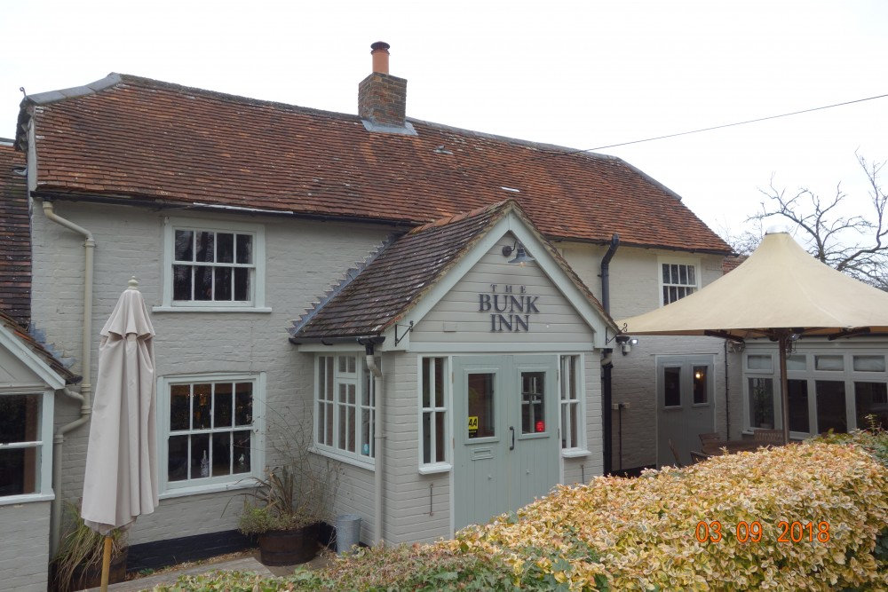Curridge dog-friendly pub and dog walk, Berkshire - Berkshire dog friendly pub and dog walk2