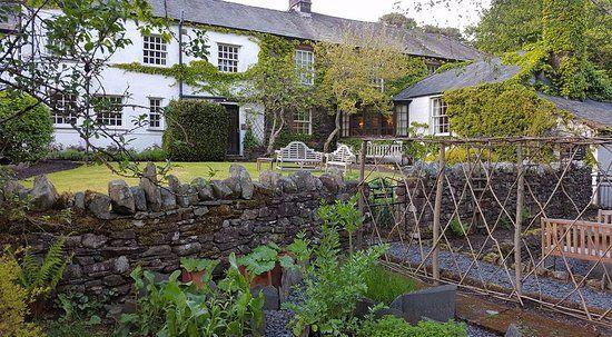 A66 dog-friendly inn with B&B and walks, Cumbria - Cumbria dog-friendly pub and dog walk
