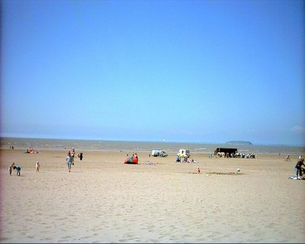 Brean and Berrow sands, dog-friendly beach, Somerset - Dog walks in Somerset