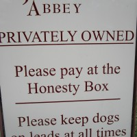 Jervaulx Abbey dog walk, Yorkshire - Dog walk in Yorkshire