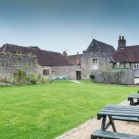 Dog walk and dog-friendly pub near Frome, Somerset - Somerset dog friendly pub and dog walk