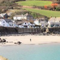 Coverack dog-friendly beach and dog walk, Cornwall - Dog-friendly beach in Cornwall