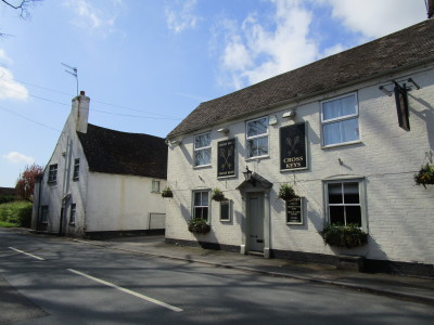 Ombersley dog-friendly pub and dog walk, Worcestershire - Driving with Dogs