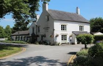 Dog-friendly pub on the A49 near Tarporley, Cheshire - Driving with Dogs