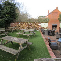 A441 dog walk and dog-friendly pub, Worcestershire - Dog walks in Worcestershire