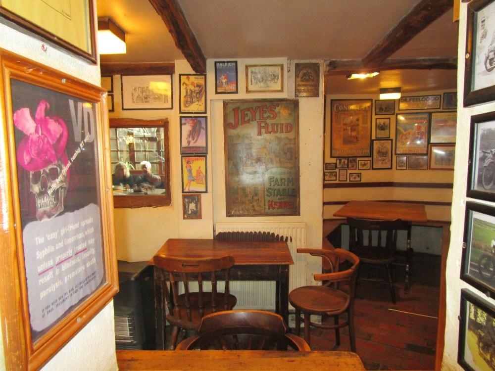 Wealdway dog walk and dog-friendly pub, East Sussex - Dog walks from dog-friendly pubs in Sussex.JPG