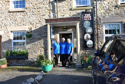 Ovington dog-friendly pub, County Durham - Driving with Dogs