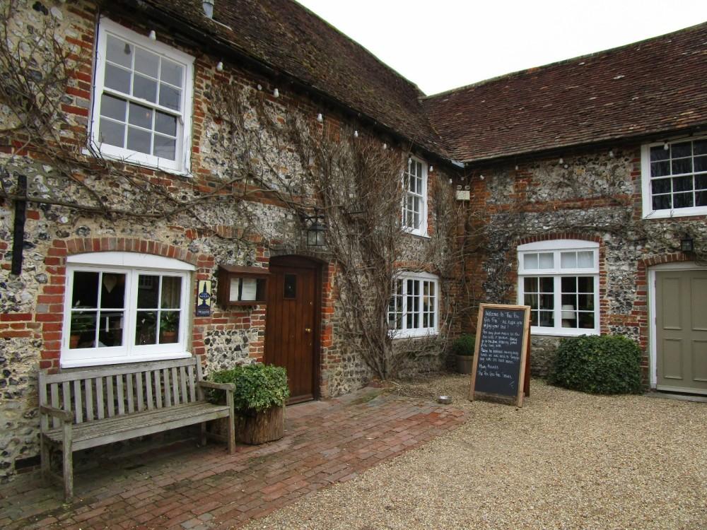 A286 South Downs dog walk and dog-friendly pub, West Sussex - Sussex dog-friendly pub and dog walk.JPG