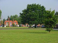 M4 dog friendly pub and dog walk near Windsor, Berkshire - Berkshire dog walk and dog friendly pub