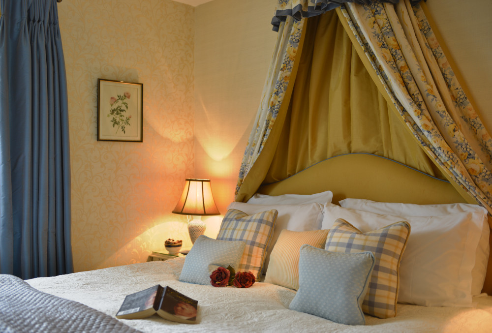 Quantock Cottages - dog-friendly, Somerset - hot-tub-coleridge-luxury-dog-friendly-cottage-h (5).JPG