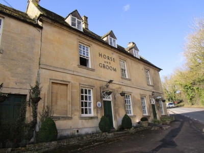 A44 dog-friendly pub and dog walk, Gloucestershire - Driving with Dogs