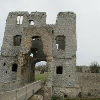 Dog-friendly Castle Ruins with a moat near Holt, Norfolk - IMG_5036.JPG
