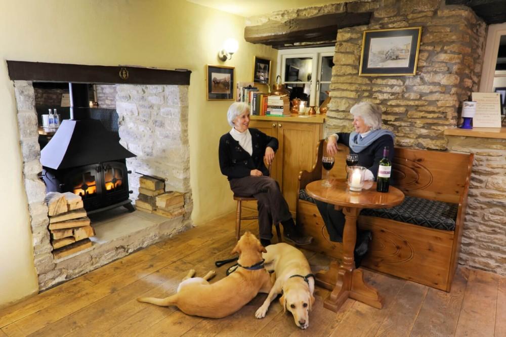 Fosse Way dog walk from a dog-friendly inn with B&B, Wiltshire - Wiltshire dog friendly pub and dog walk