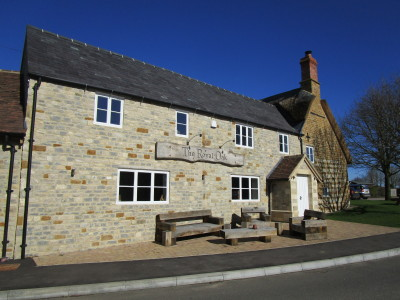 A429 near Shipston dog walk and dog-friendly pub, Warwickshire - Driving with Dogs