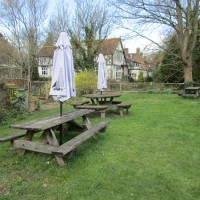A21 dog-friendly pub and Italian market, Kent - Kent dog-friendly pubs with dog walks.JPG