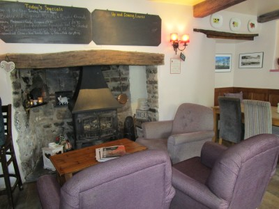 A396 dog-friendly pub, Devon - Driving with Dogs