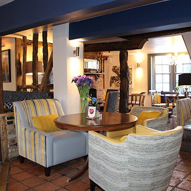 A120 Dog-friendly pub near Stanstead Airport, Essex - Essex dog-friendly pub and dog walk