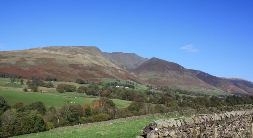 A66 Walkers pub just off the A66 near Threlkeld, Cumbria - Cumbria dog-friendly pub and dog walk